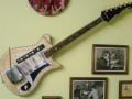 Meazzi Aristocrat gitaar sparkle gold 1964, front.