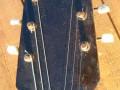 Meazzi Muzikette solid gitaar 2 pickups Sparkle Red 1961-1964, headstock front.