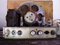 Meazzi PA-410 Bifonico 5 watt buizen(6X4, ECC82 en EL84) chassis met vibratokanaal en Philips 9770M Dual cone speaker 8 ohm, voor gitaar en accordeon.