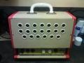 Meazzi PA410 Bifonico, closed back met 5 watt buizenversterker (6X4, ECC82, EL84), voltageselector, aansluiting Vibrato en Externe luidspreker, tone en volume control, normal en jazzkanaal,