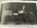 Hank Marvin met voxECHO (Framez Echomatic) Model No. 2  op de stoel en  met Gretsch Country Gentleman 6122 en Vox AC30 Twin on stage in Olympia Paris 1962.