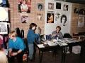 Tearfund stand in de Harmoniezaal. Cliff Richard (president en vice-president van het Tearfund van de Evangelical Alliance met de V.N.) gaf in 1969 en 2009 Cliff hiervoor concerten.