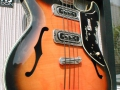 Burns Vibraslim Bass 1964, body.