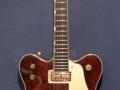 Een Gretsch 6122 Country Gentleman uit 1963 in walnut. Hank had een soortgelijke in mahogany finish.