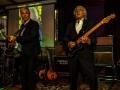 Reunie Back to Tilburg, middagoptreden Guitar Syndicate, Edwin (rhytm) en Robin (lead).