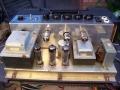 Vox AC10 Super Reverb Twin 1964 Piggy back. EF86 buizenchassis preamp EF86, ECF82, ECC83, gelijkrichter EZ81 en 2xEL84 eindbuis. Albion trafo's.