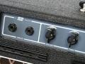 Vox AC10 Super Reverb Twin 1964 slant-top head, grey panel, 1 kanaal 2 inputs, Volume en Tone controls.