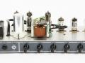 Vox AC10 Super Reverb Twin 1964 slant-top head. ECC82 buizencircuit. Single channel 2 inputs, ECC83, 3xECC82, EZ81, 2xEL84. Ook gebruikt voor de Vox Domino SRT piggy-back.