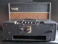 Vox AC10 Super Reverb Twin medio 1964, Basket Weave Rexine, back met Reverb unit.