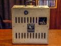 Vox AC10 Throwback 1961 island black panel, back van watervast hardboard met bovenin de vibratoknop en rechts de kabelbox.