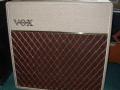 Vox AC15 Split- front Fawn 1961, lederen handle, brass vents.