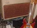 Vox AC15 Twin Fawn voorjaar 1962, Red panel, lederen handles.