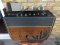 Vox AC30 1960 single speaker chassis met kabel naar vloerchassis voeding op later Twin cabinet. Oorstronkelijk cabinet was TV front Cream single 1x12 inch speakercabinet.