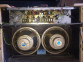 Vox AC30-4 Normal Fawn, Black Panel najaar 1960, open back met 2 x 12 inch Celestion T.530 Oyster Alnico speakers 8 ohm.
