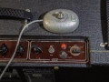 Vox AC 30/6 Treble, Red panel, a JMI product met originele ovale footswitch.