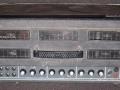 Vox AC30 TB Rev Stolec model 1970, top met 5 grote vents en ronde knobs. Links extra Reverb knob, rechts geen voltage selector.
