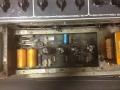 Vox AC30 TBR(everb) Stolec, verzonken PC board chassis met 7e buis voor Reverb. Lemark trafo's van zusterbedrijf uit Stolec Group. Geen Voltage selector. Zonder GZ 34 buis, met diode gelijkrichter. Een van de weinige AC30's met interne glaszekeringen.
