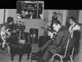 The Shadows in The Abbey Road Studios met Black Custom Vox Long Tom echo met witte drukknoppen..
