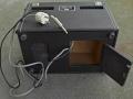 Vox Domino Echo, model 1 high 1963, opbergvak aan onderkant.