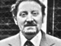 Larry Macari, co-shopmanager van de Vox shop op Charing Cross Road 100 in London. Na de liquidatie van de Royston Group ging Larry zelfstandig verder als Macari's Shop.