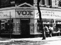 Vox shop op Charing Cross Road 100 London.