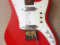 Escort 1960 2 Vox pickups , 3 zij switchen, tremolo, body front.