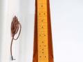 Hawaiin Steel Guitar 1964 mahogany body, 6 snaren, 1 Vox pickup, front met Jennings badge op de headstock.