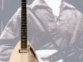 Phantom Mark II Teardrop 1964 White van Brian Jones ( Rolling Stones), 2 pickups, geen tremolo. JMI homebuild by Mick Bennett & Ken Wilson.