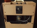 Vox AC4 JMI eind 1962, large cabinet Fawn, 2 piece back met Elac 8C-164 Grey alnico speaker 8 ohm. Wooden footswitch.