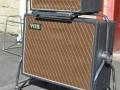 Vox AC50 small box op MK1 Washington DC Cabinet in Prince of Wales MK1 trolley. Replica vanwege de zeldzaamheid cabinet en trolley.