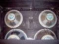 1966- Vox 460 closed en 760 half open cabinet met 2x12 inch T.1225 en 2x10 inch CT7442 ceramic Celestion speakers.