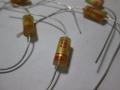 Wima Tropyfol F condensatoren zoals gebruikt door JMI in Vox producten van 1961-1965.