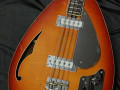 Bill Wyman Style Bass VBW 2500, Amber,  50th Anniversary, Limited Edition , Japan 2008, body front, bridge zonder cover.