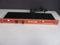 1994- Vox effects loop buffer V941 met ECC83 buis voor aansluiten met warme sound op verstrekers met effectloop. Made in US.