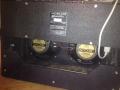 Vox AC15 TB2 Korg Marshall 1995-2003 met 2 Vox label Eminence speakers 10 inch. Verder gelijk aan TB en TBX.