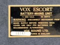 Typeplaatje Vox Escort Battery in Rose Morris uitvoering 1979-1983.