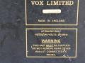 Typeplaatje Vox Super Twin Solid State. Vox Limited was de Rose Morris aanduiding. Het serienummer is gelijk aan het chassisnummer.