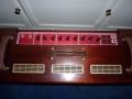Top Vox Vintage Series TBR Collector 1991-1993 Red panel in luxe mahogany uitvoering. Geproduceerd bij Precision Electronics.