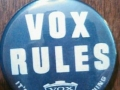 "Vox badge ""Vox Rules"" van een Super Beattle AC15 of AC30."