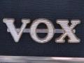 Gesloten Vox logo UK model Large size. JMI uitvoering met smalle dwarsbalk