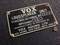 Typeplaatje Vox Line Source speakers model Focus.