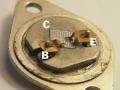 Silicon RCA poweramp transistor 2N3055 voor 20 en 30 watt poweramps, oorspronkelijke open homotaxiale uitvoering.