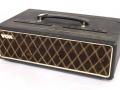 Vox MT60 head Solid State basversterker MKIIIa eind 1964 zwart doek head, 2 vents, gold piping, 30-40 watt RMS afhankelijk van cabinet.