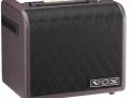 2012- AGA30 Acoustic Amp 30 watt RMS. Vox Custom speaker 6,5 inch en 1 inch Dome tweeter. Vents zijwaarts. Shadow Diamond Grillcloth. Made in Vietnam.