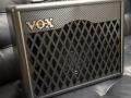 2015- Vox VX I (15 watt) en II (30 watt) in Standaard uitvoering met gelijke behuizing.