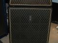 1967- Vox Sovereign Bass V117 Head (= Westminster V1181) 60 watt met spaanplaat V417 cabinet waarin 4x12 inch Oxford Gold Bulldog 12T6 ceramic speakers.