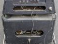 1965- Vox Berkeley V8 buizen met V8 cabinet in troley, back oval openingen en 2x10 inch Celestion CT 7442 ceramic speakers 16 ohm.