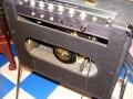 1965- Vox Cambridge Reverb tube V3, black panel, ovale opening met Oxford (Chicago) Golden Buldog Alnico 10 inch.