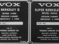 1966- Vox Berkeley II en III cabinets V4081-83, typeplaatjes.