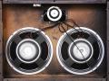 1967- Vox Beatle cabinet V4141-2 ohm met 4 Britse G12 Celestions T.1656 Silver 8 ohm, 2 Goodmans Midax horns 16 ohm en crossover.